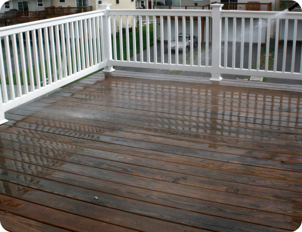 Image of: Semi Transparent Deck Stain Review