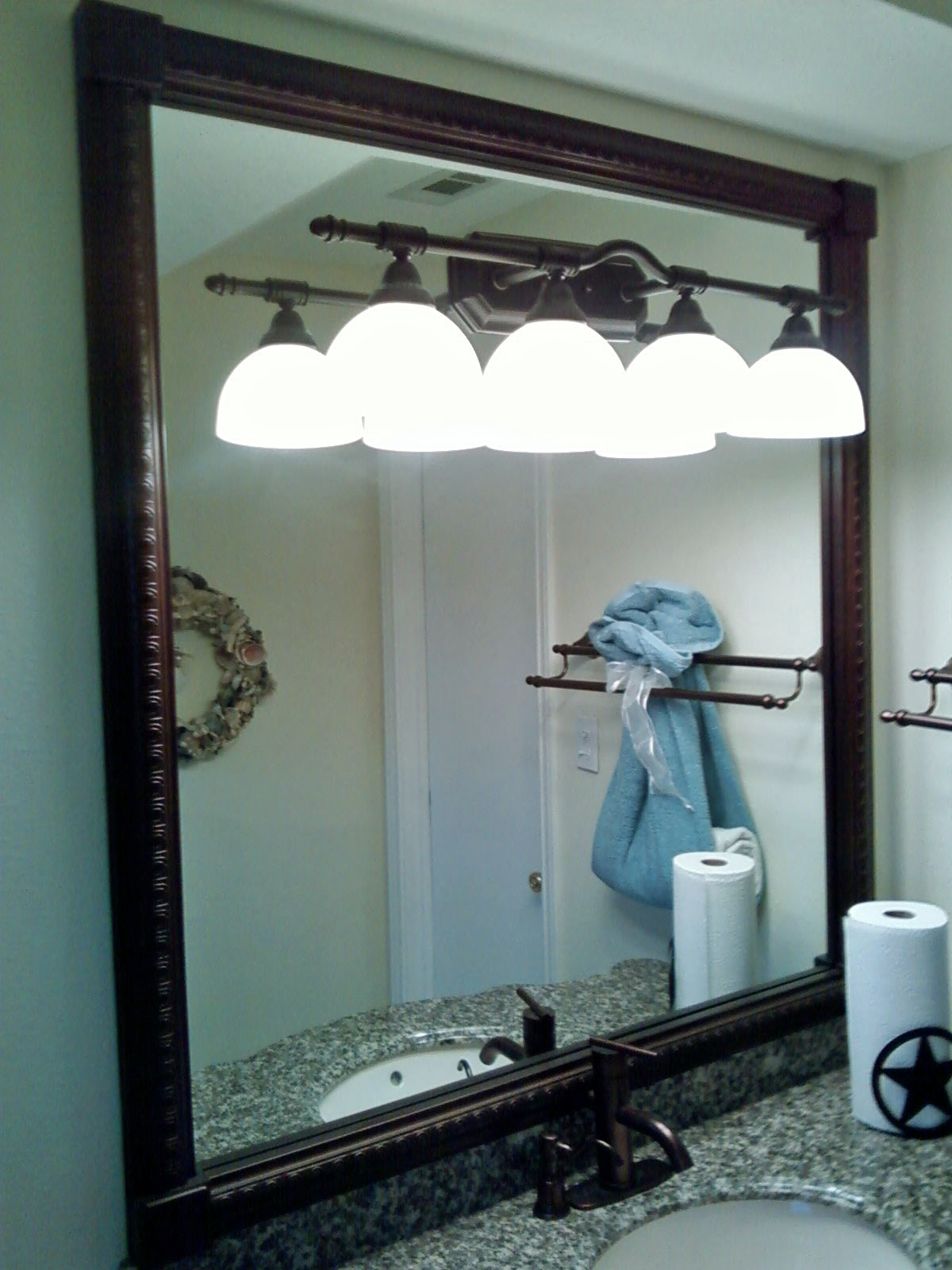 Image of: Shining Oil Rubbed Bronze Mirrors Bathroom