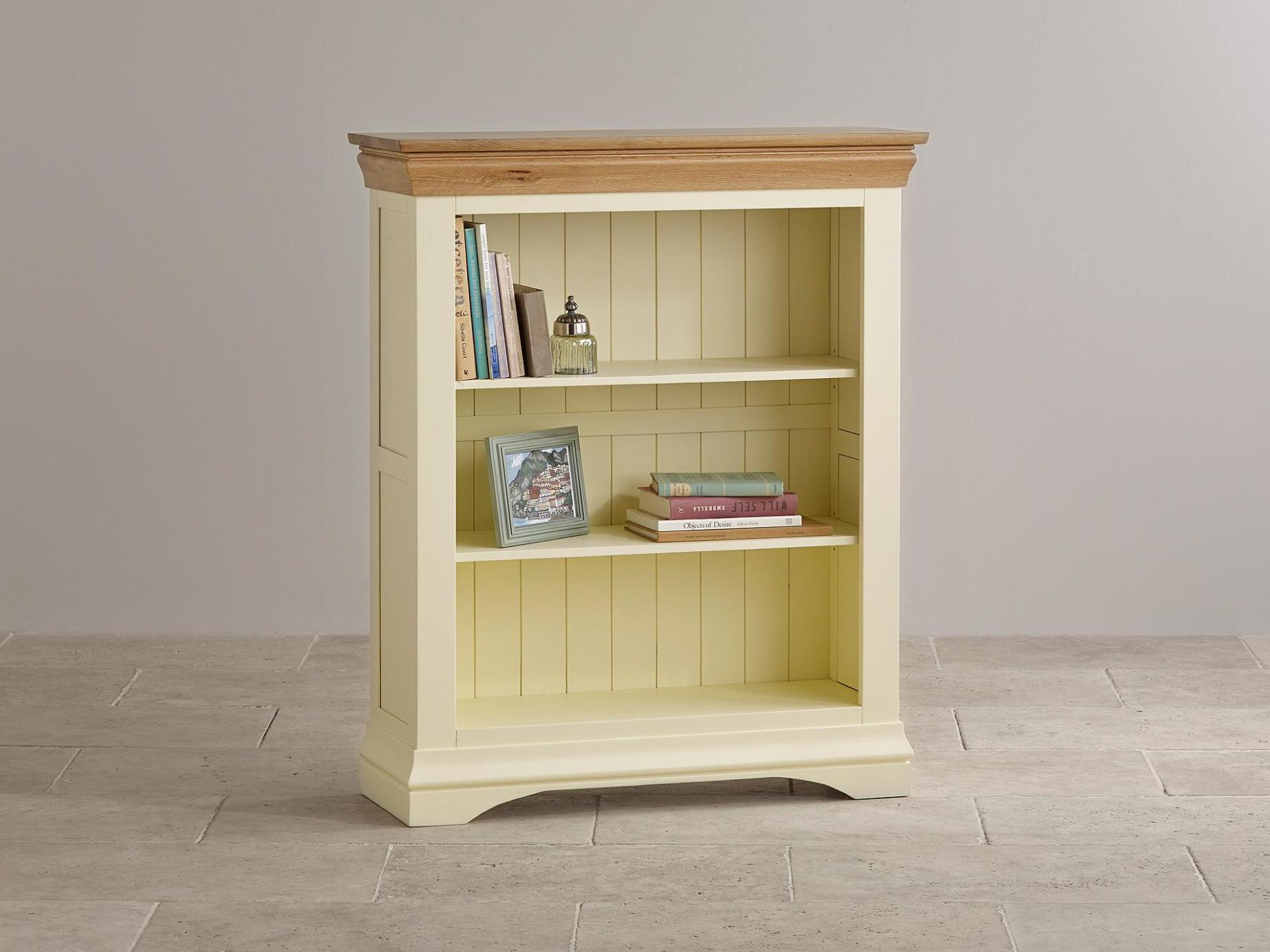 Image of: Short Bookcase Ideas