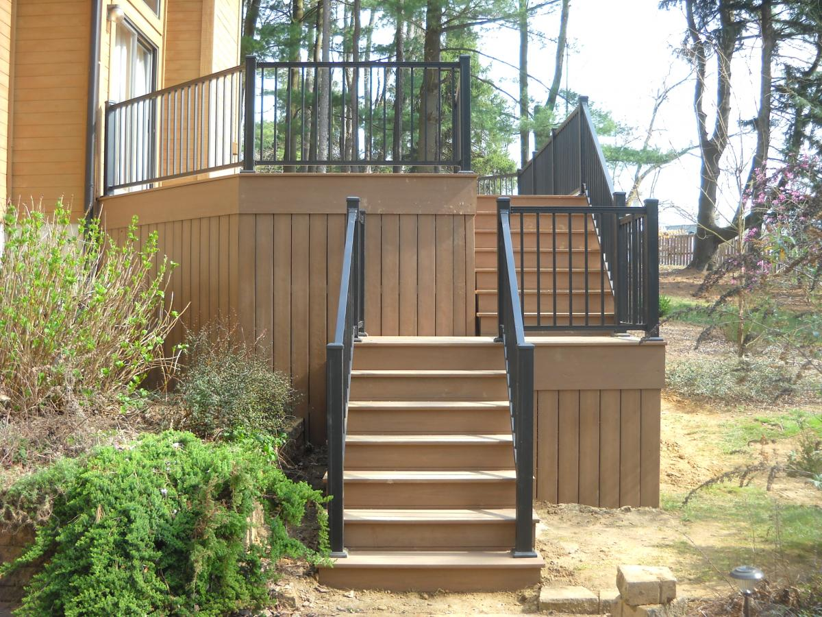 Image of: Simple Deck Railing Spindles