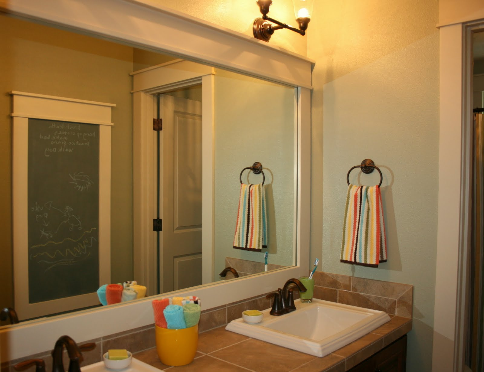 Image of: Simple Framed Bathroom Mirrors