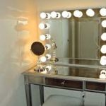 Simple Table Top Vanity Mirror With Light