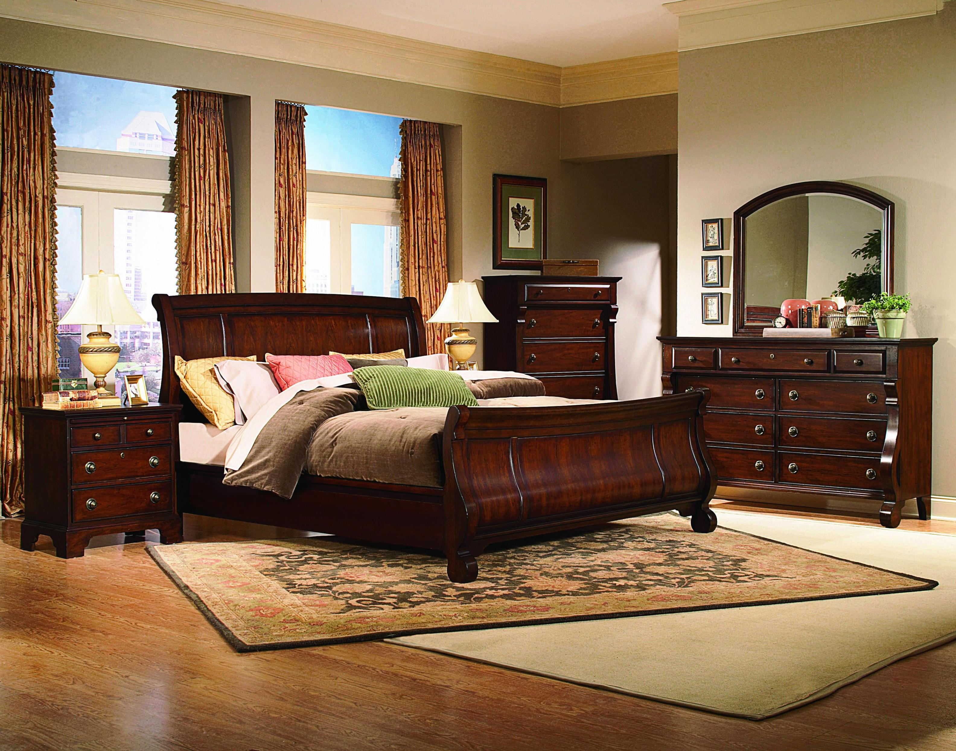 Image of: Sleigh Bed Queen