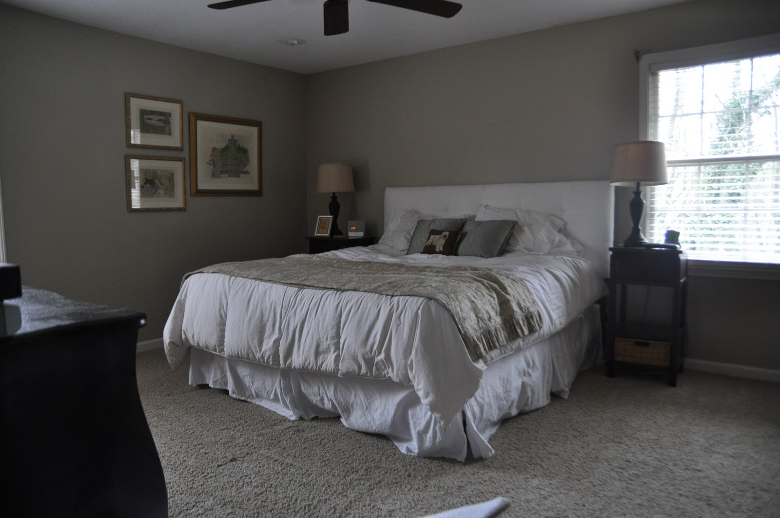 Image of: Small Basement Bedroom Ideas