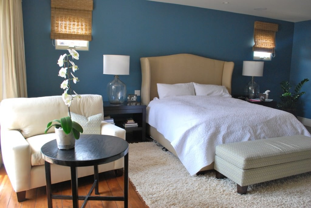 Image of: Small Loveseat For Bedroom