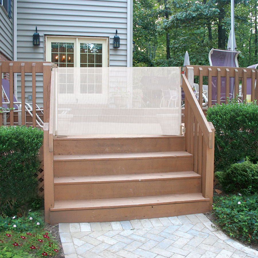 Image of: Small Vinyl Deck Railing