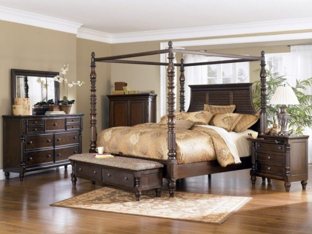 Image of: Sofia Vergara Bedroom Sets Brick