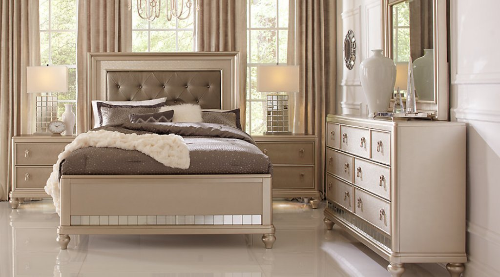 Image of: Sofia Vergara Bedroom Sets Design