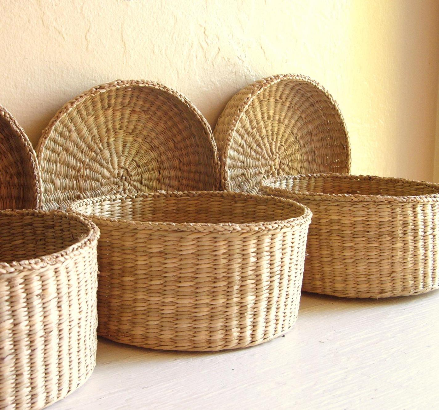 Image of: Storage Baskets With Lids