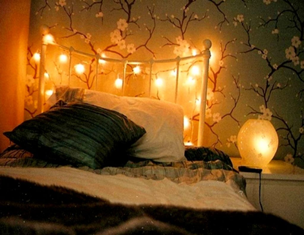 Image of: String Lights For Bedroom Amazon