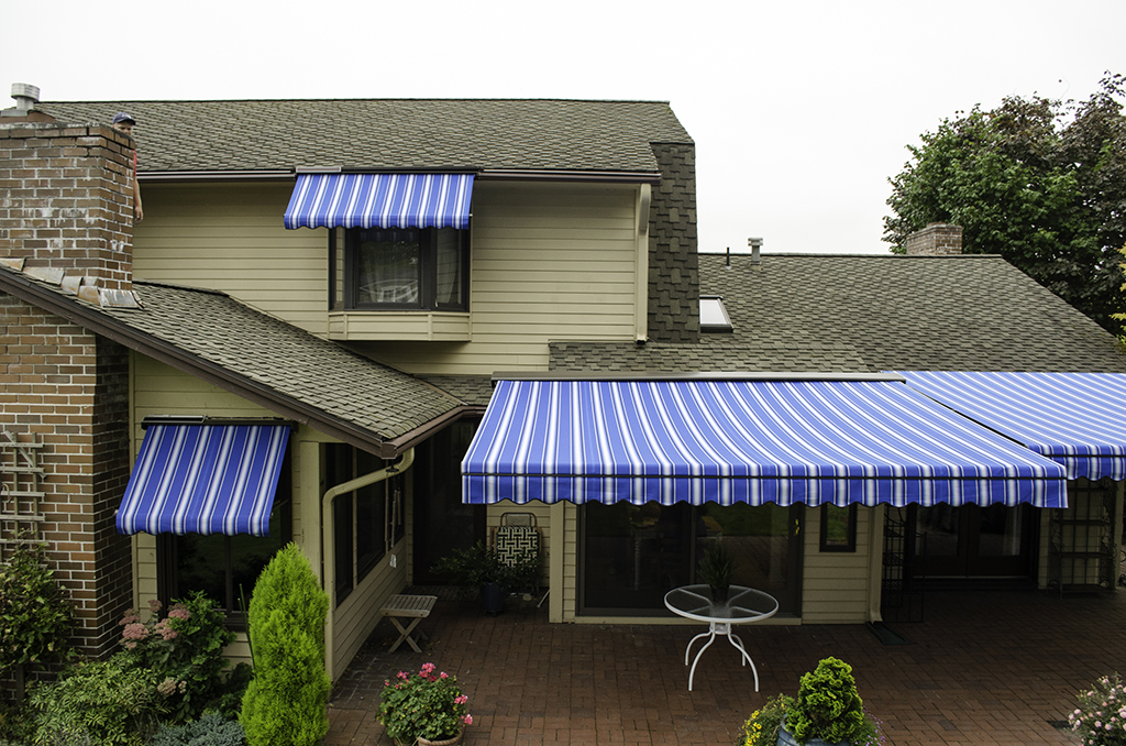 Sunbrella Retractable Awning — Frittoli Barbara Furniture ...