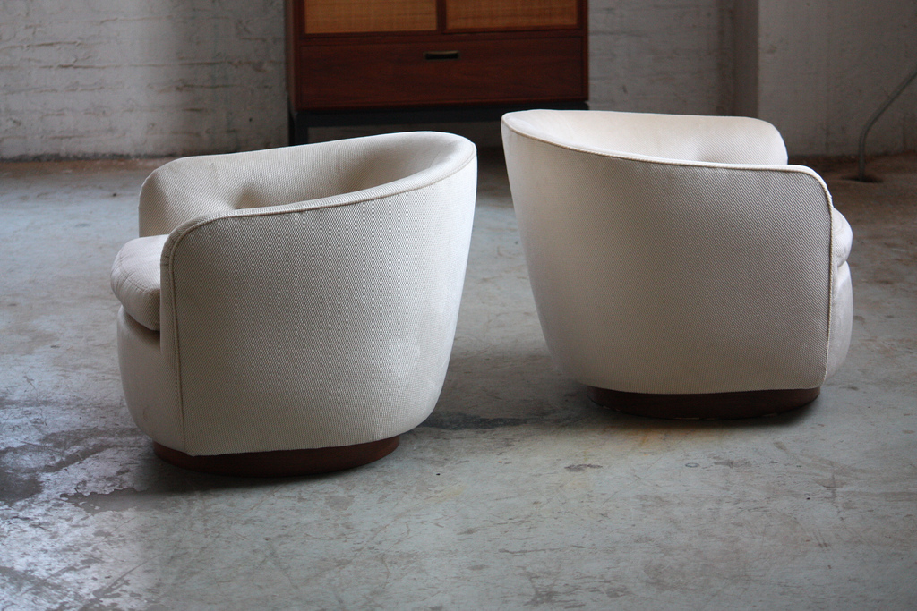 cute swivel barrel chair design