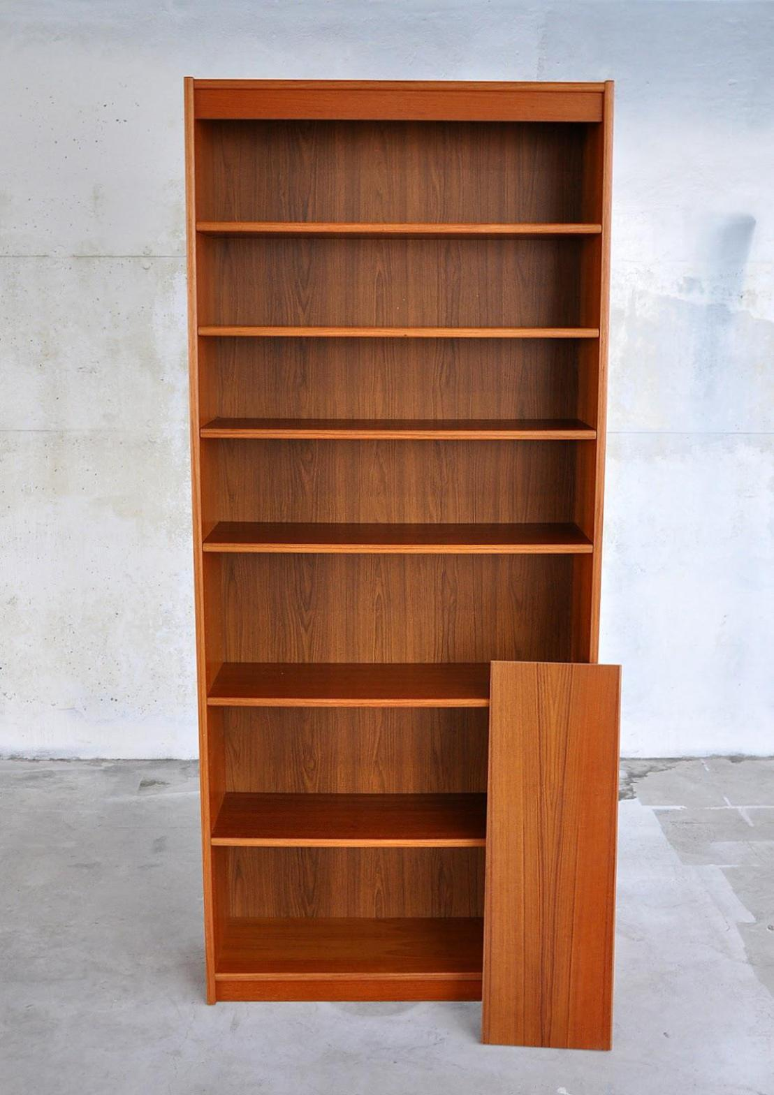 Image of: Tall Narrow Bookcase Solid Wood