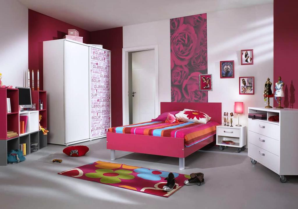Image of: Teenage Bedrooms Around The World