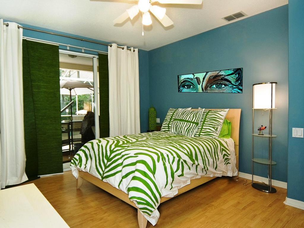 Image of: Teenage Bedrooms On Screen