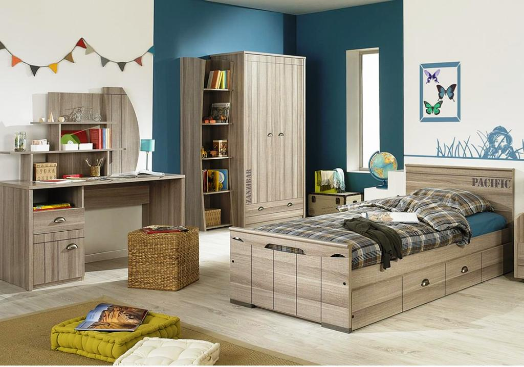 Image of: Teenage Bedrooms With Desks