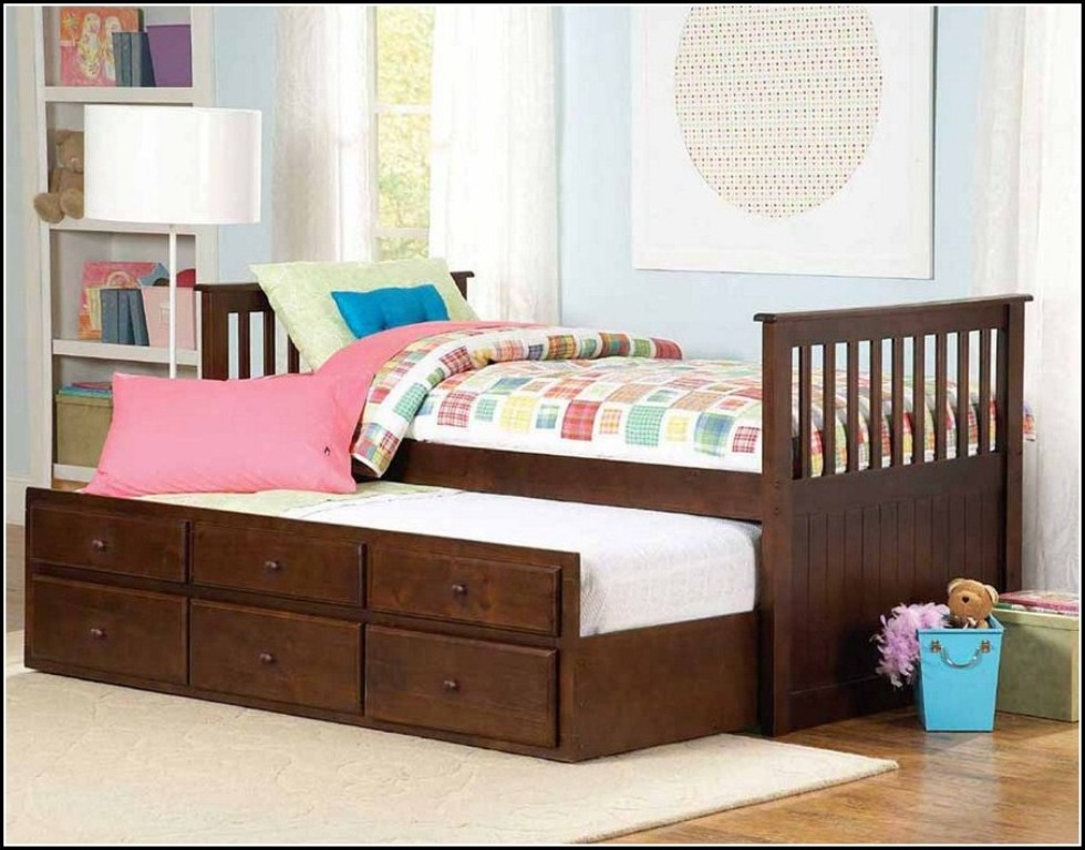 Image of: Toddler Twin Beds Furniture