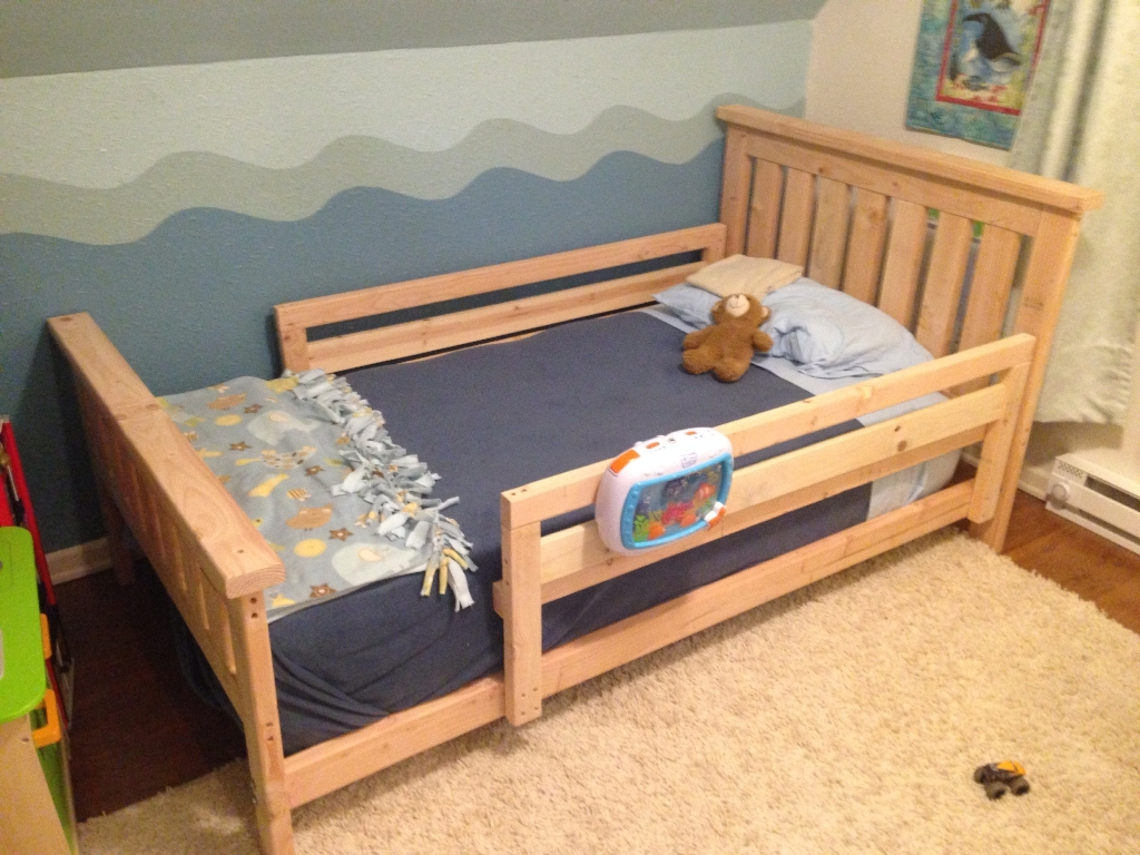 Image of: Toddler Twin Beds