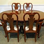 Top Queen Anne Dining Chairs
