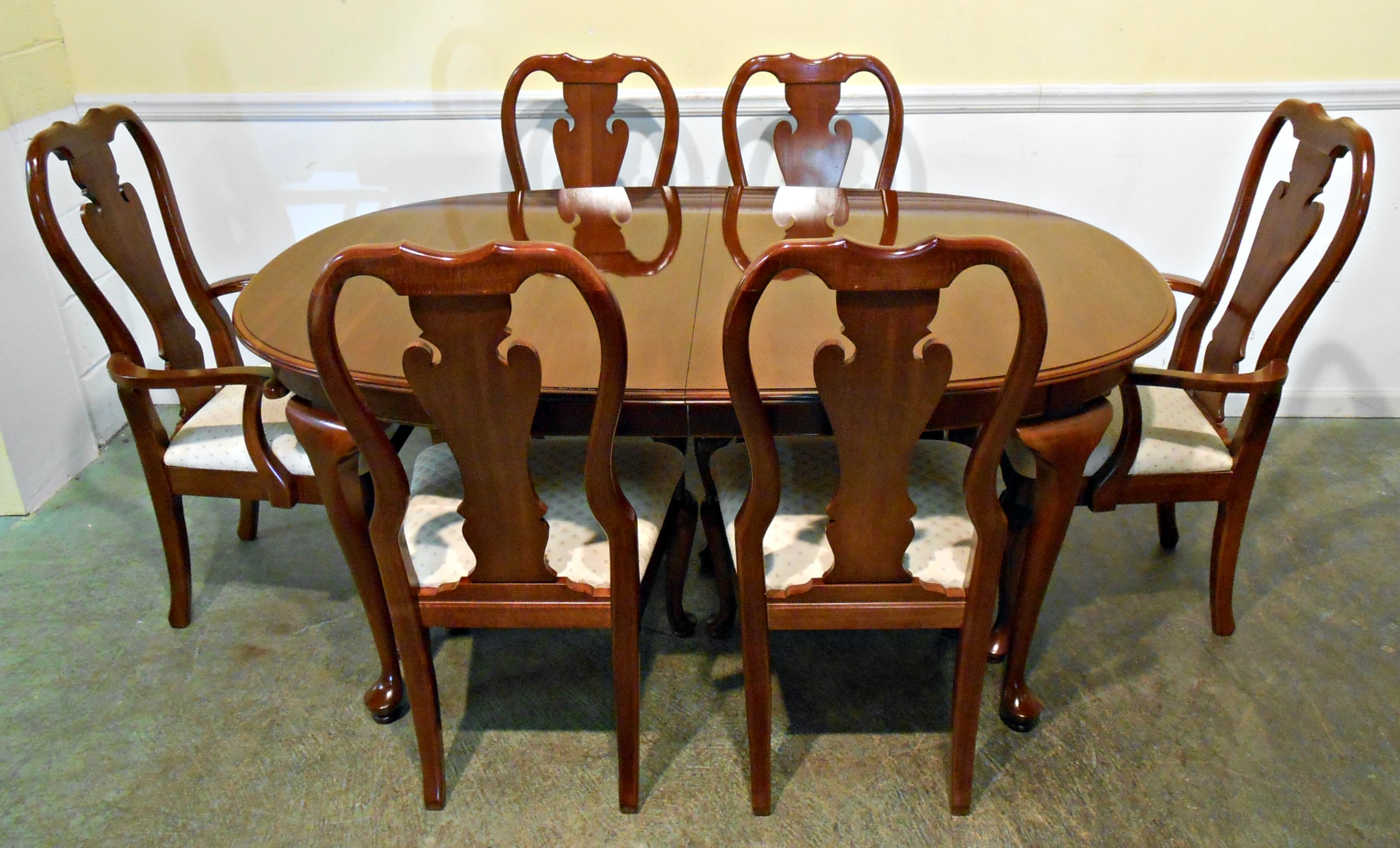 Image of: Top Queen Anne Dining Chairs