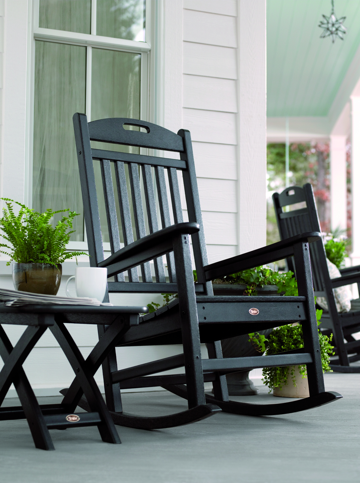 Image of: Traditional Porch Rocking Chair