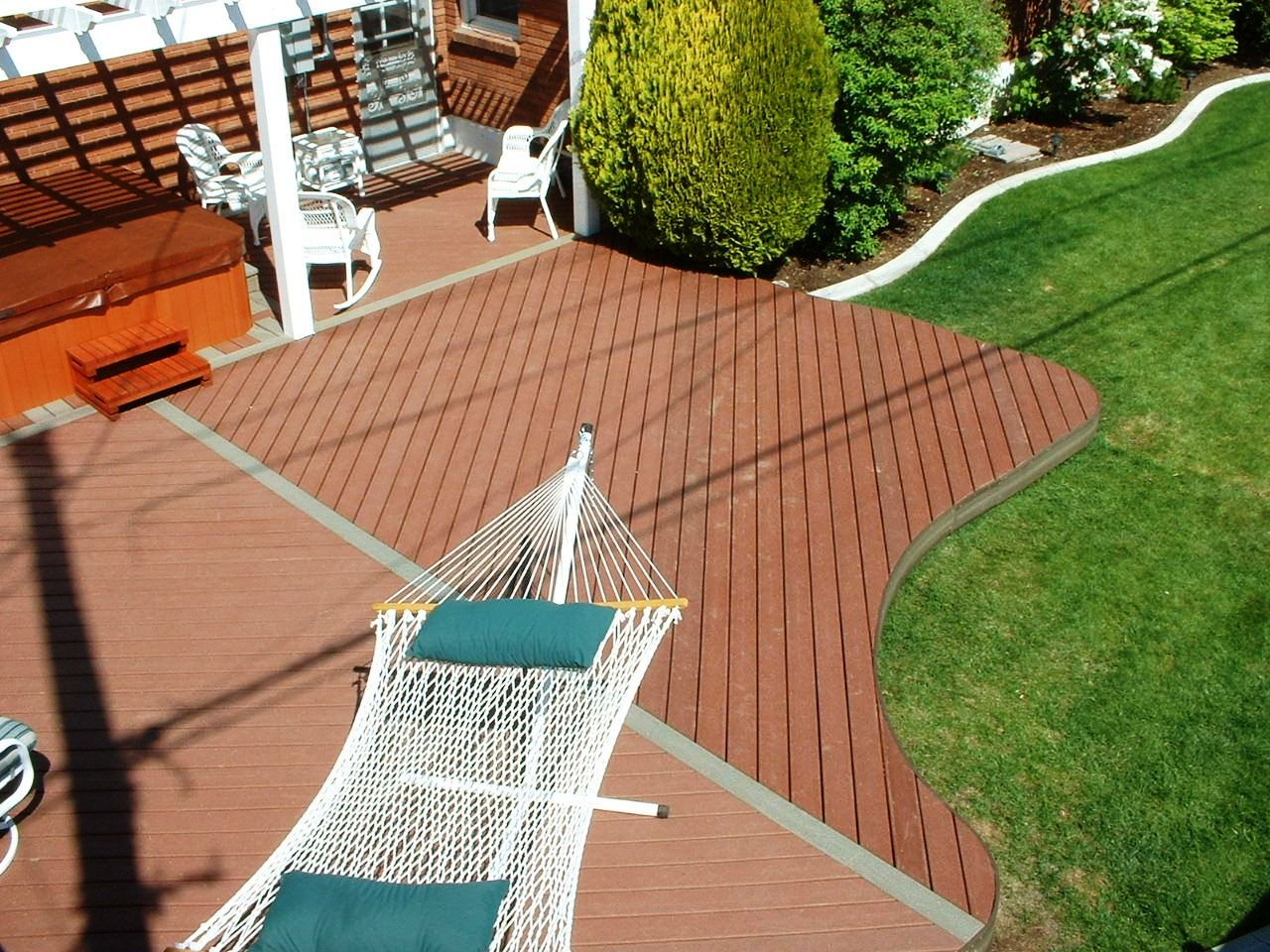 Image of: Trex Decking and Railing
