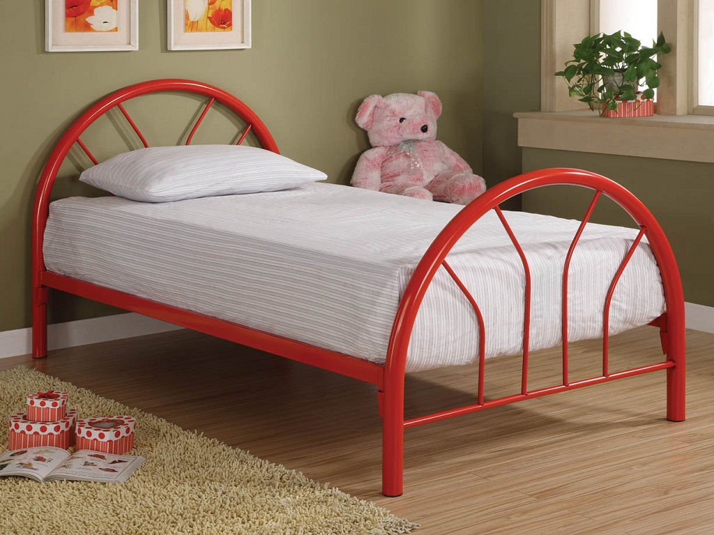 Image of: Twin Bed Frames For Small Rooms