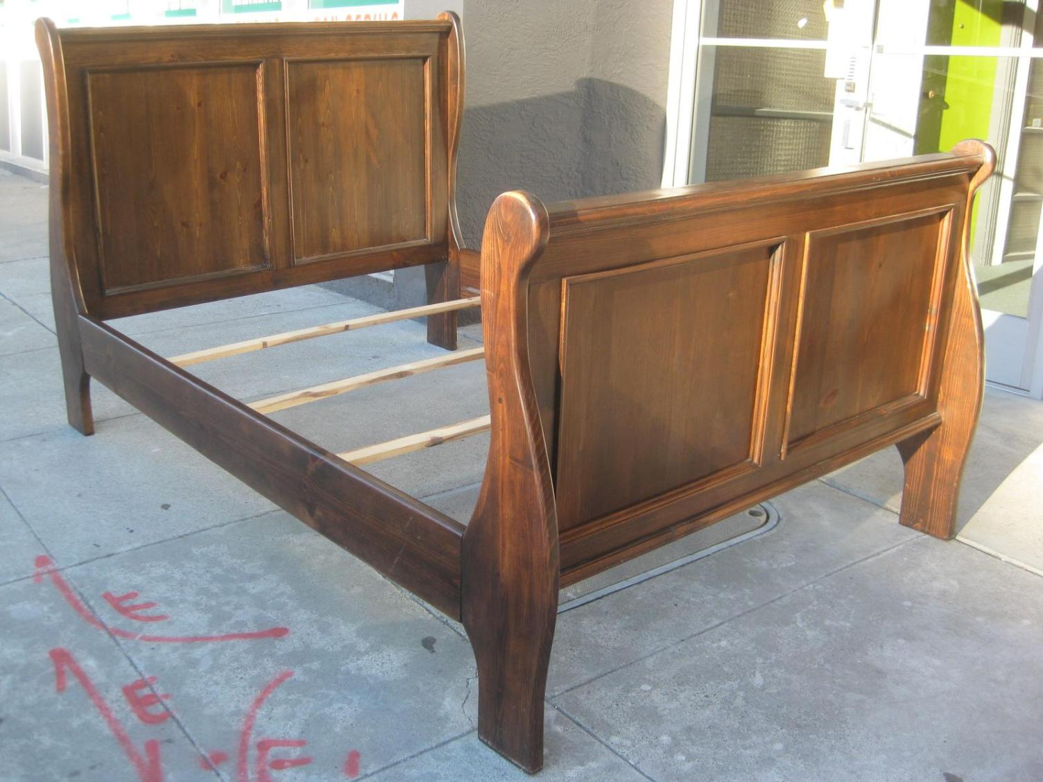 Image of: Twin Sleigh Bed Frame