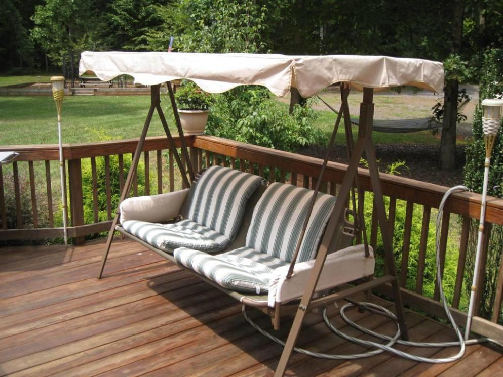 Image of: Two Person Outdoor Swing With Canopy