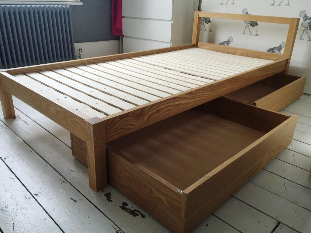 Image of: Under Bed Storage With Wheels Ikea