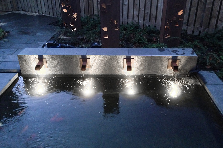Image of: Underwater Pool Lights Fountain