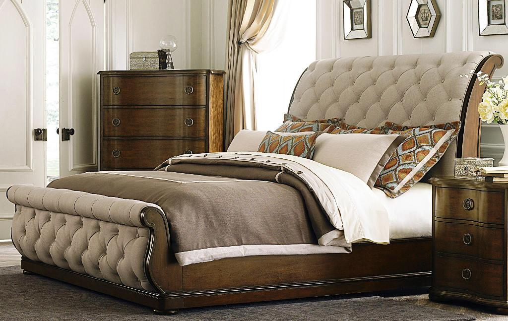 Image of: Upholstered Bedroom Sets