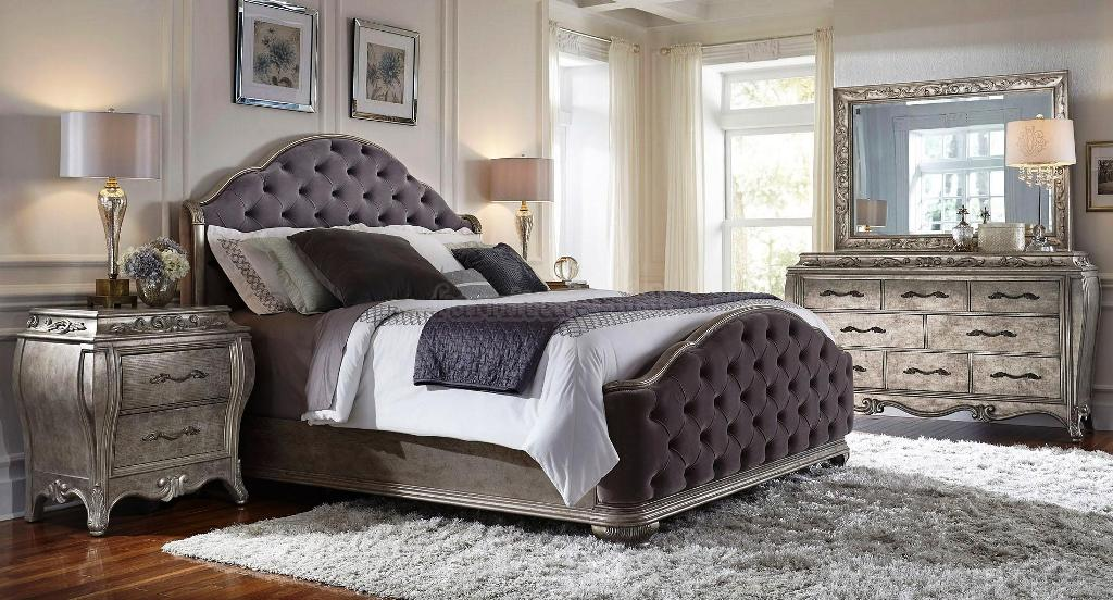 Image of: Upholstered Headboard Bedroom Sets