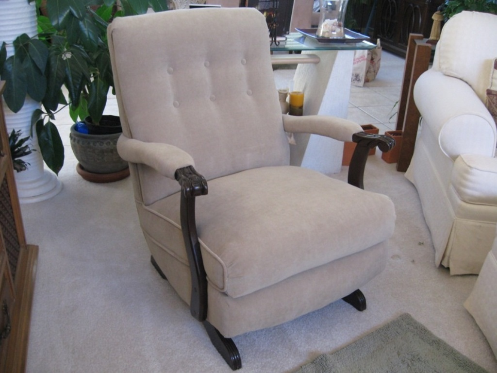 Image of: upholstered rocking chair for adults