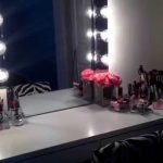 Vanity Mirror with Light Bulbs Blowing