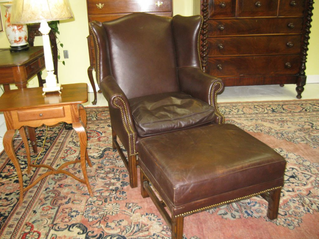 Image of: vintage leather wingback chair