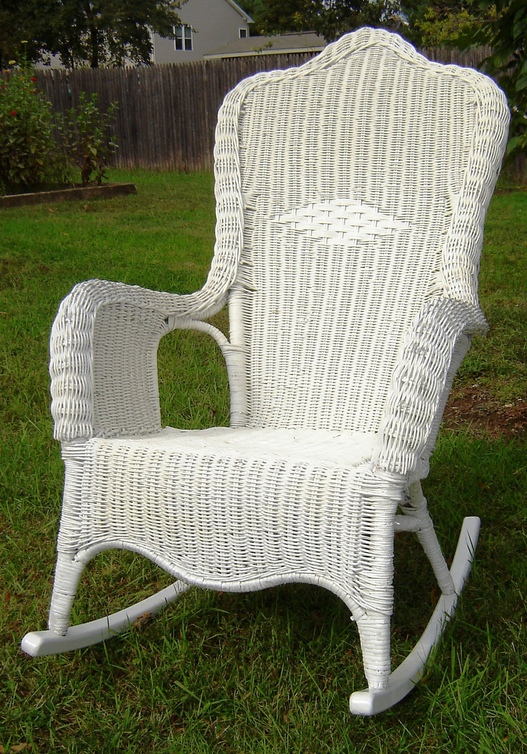 Image of: Vintage Wicker Rocking Chair