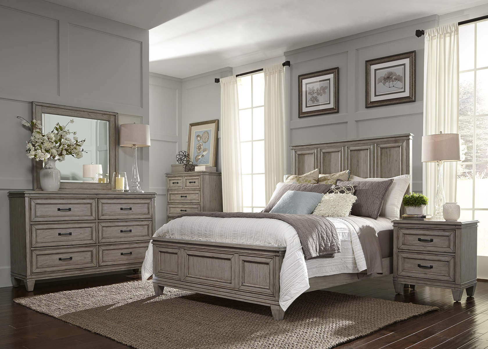 Image of: Weathered Driftwood Bedroom Furniture