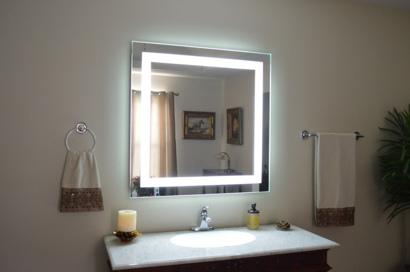 White Lighted Wall Mirror