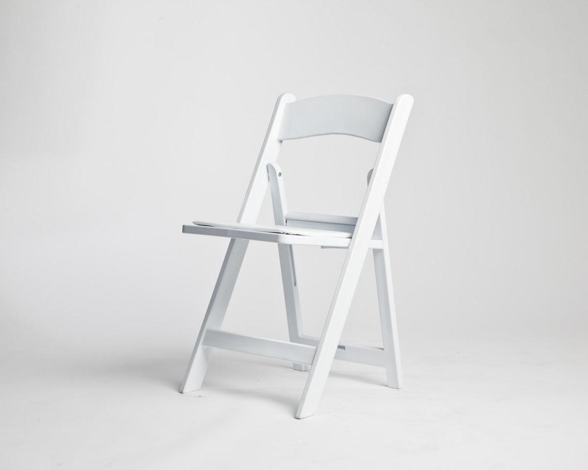 Image of: White Resin Folding Chairs