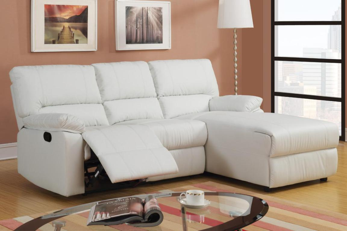Image of: White Sectional Sofas With Recliners