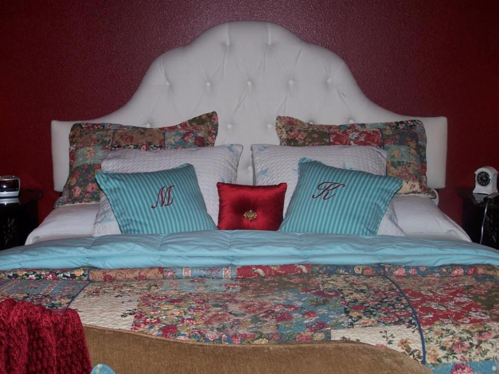 Image of: White Tufted Bed Frame