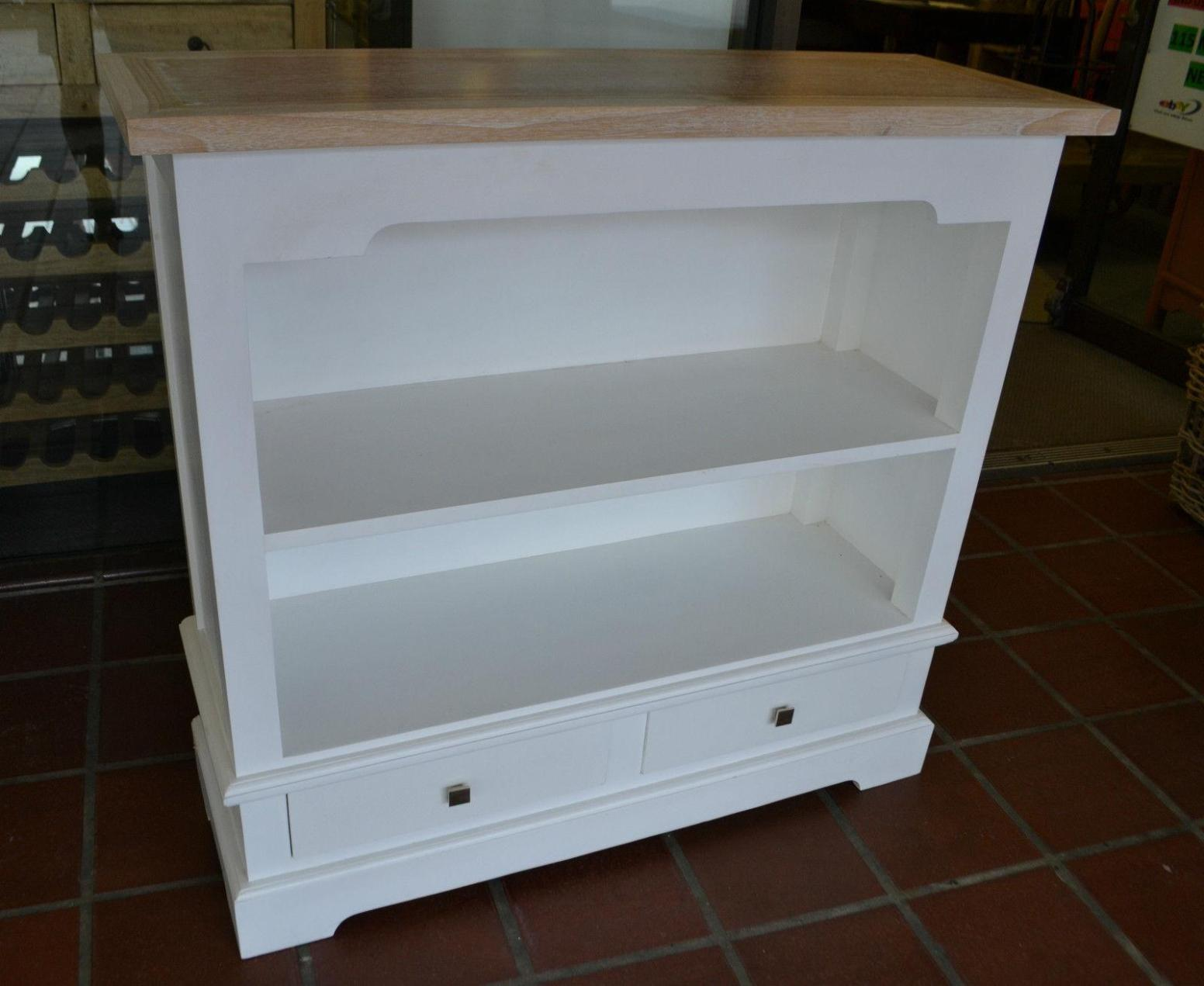 Image of: Wide Short Bookcase