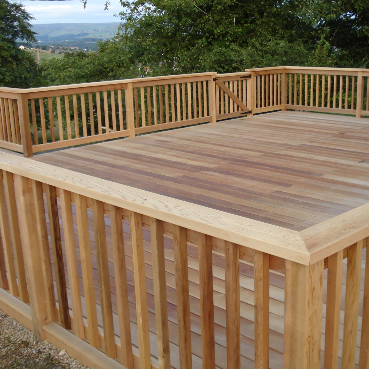 Wood Deck Railing Ideas and Floor