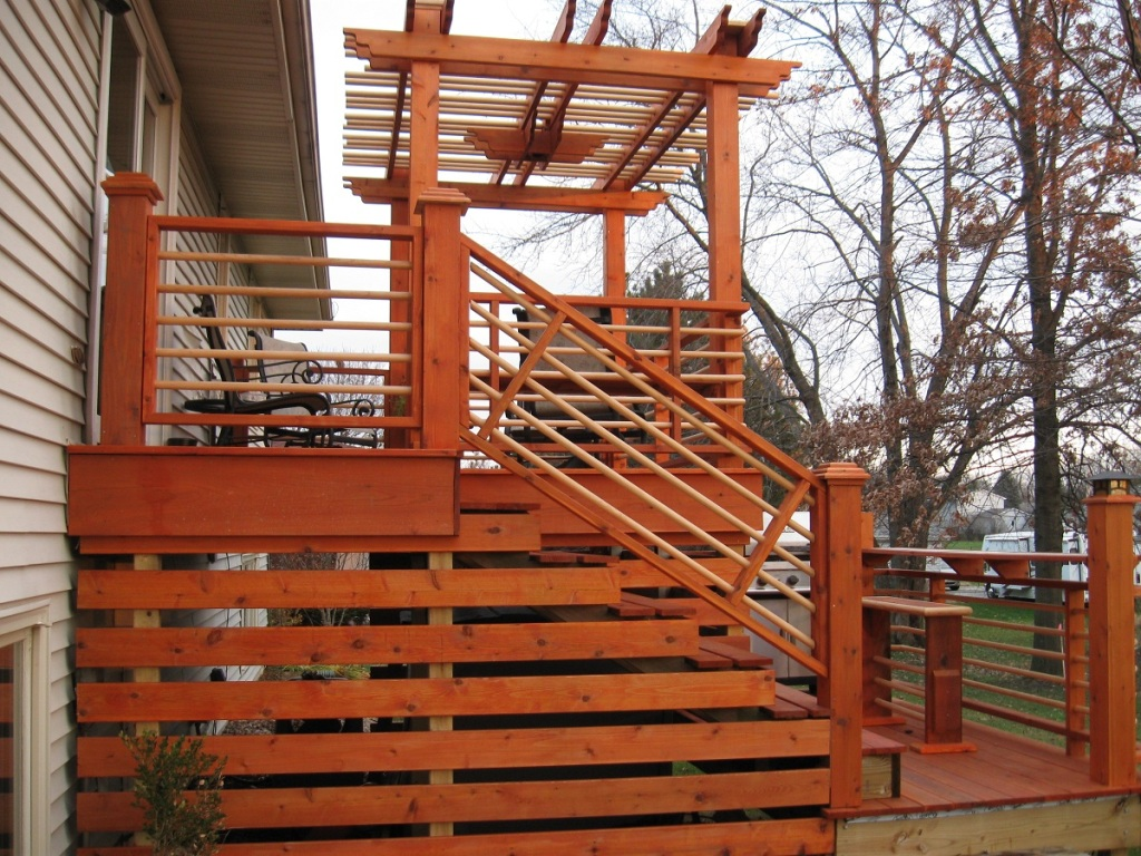 Image of: Wooden Deck Skirting Ideas