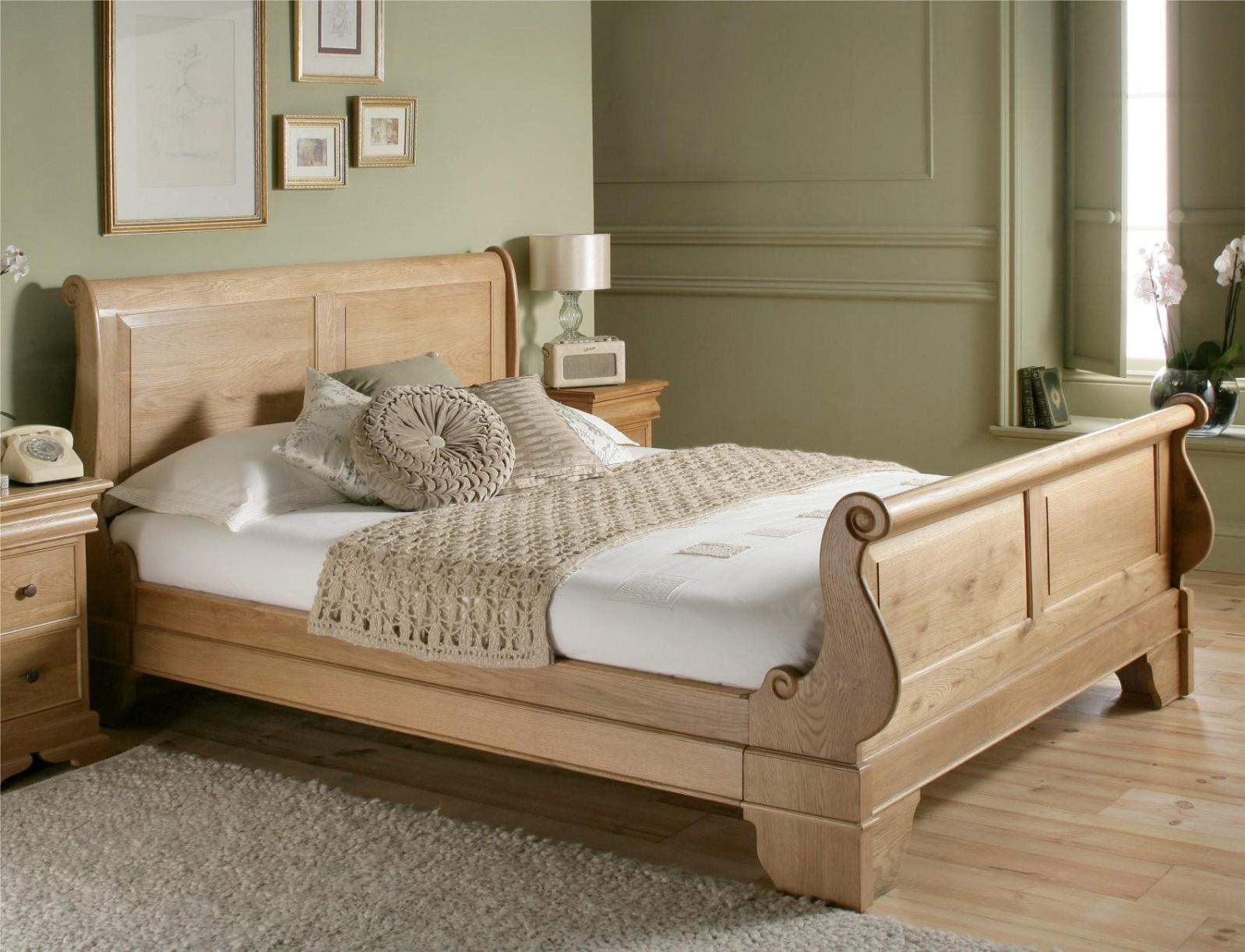 Image of: Wooden Sleigh Bed Frame