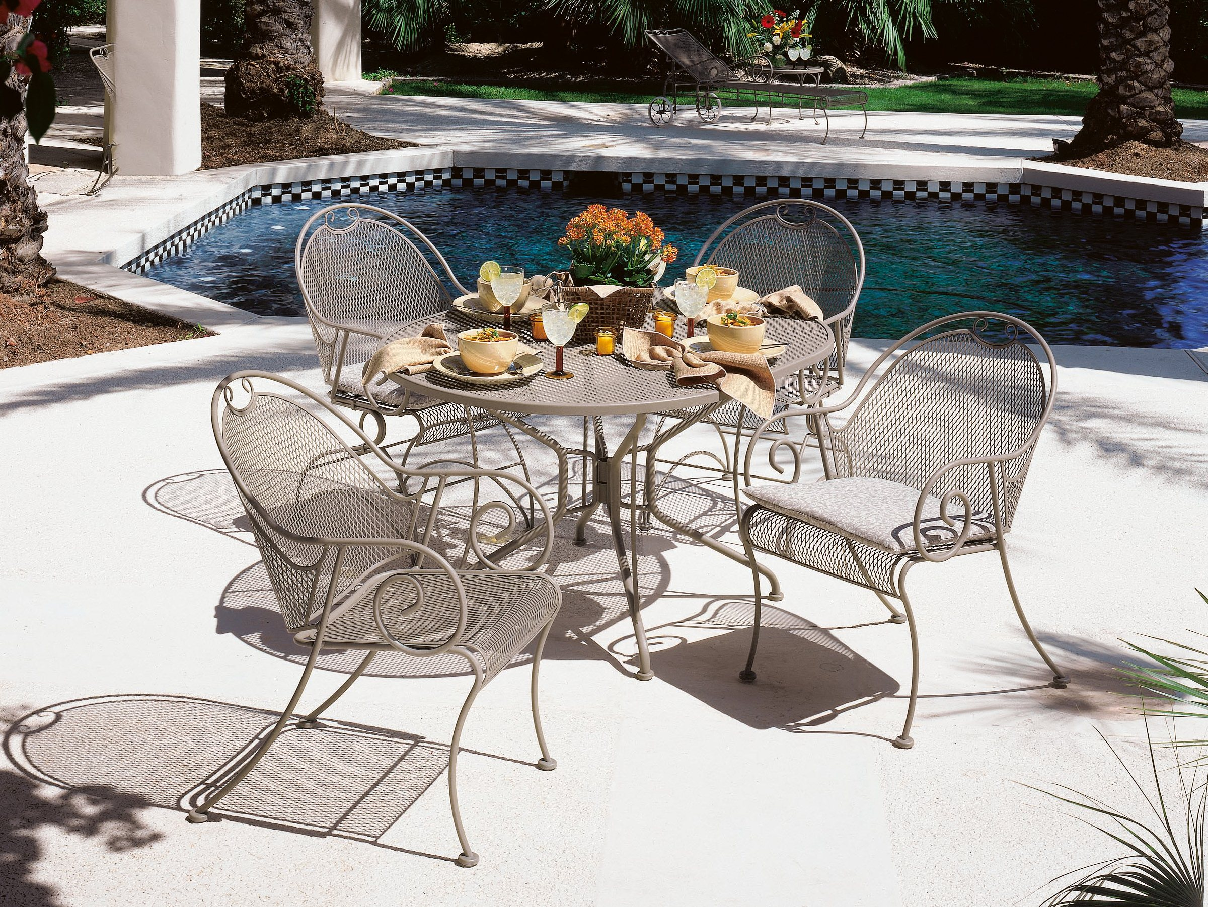 Image of: wrought iron chairs design
