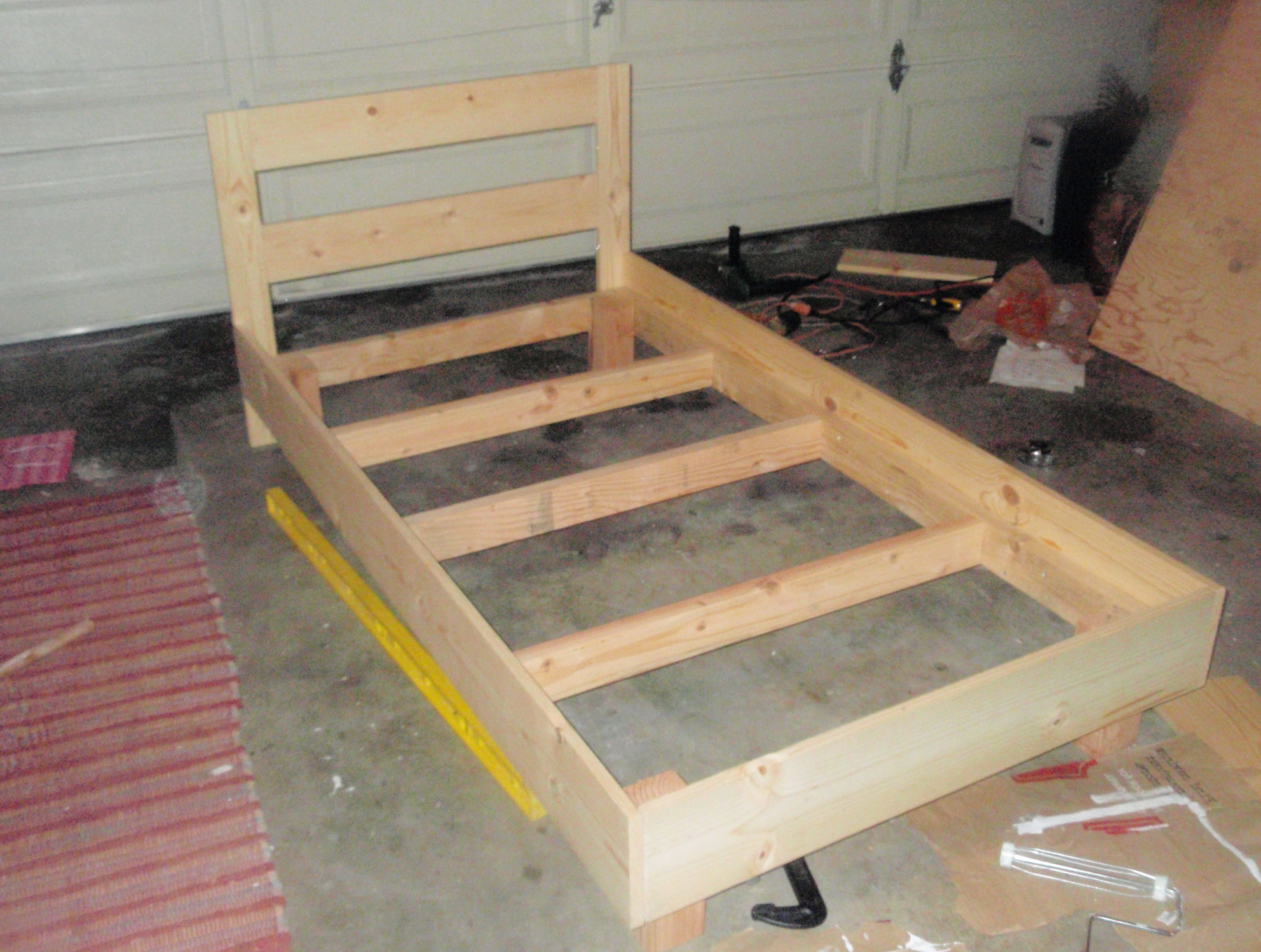 Image of: build a bed frame and headboard