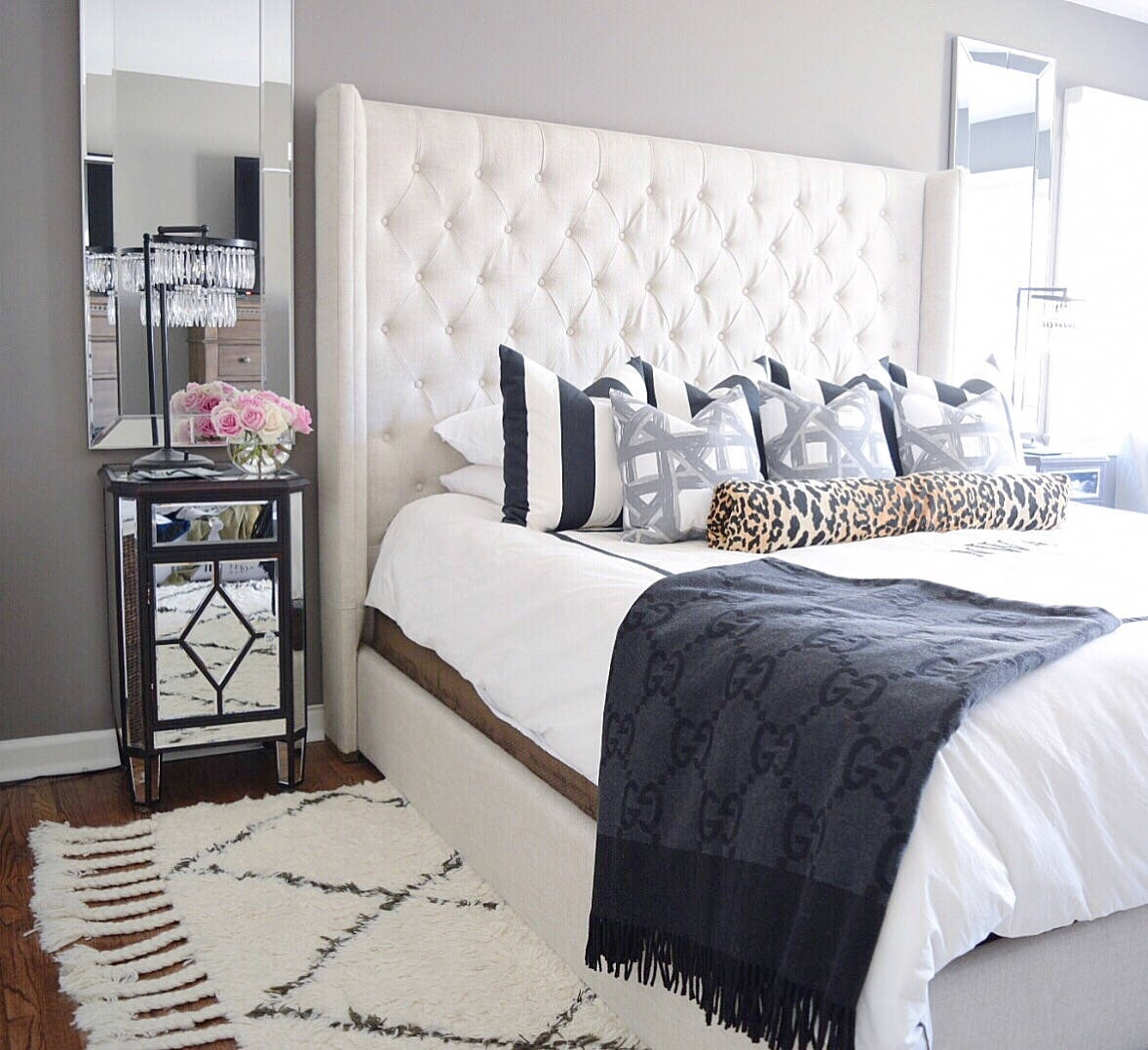 Image of: Marvelous Tufted Headboards