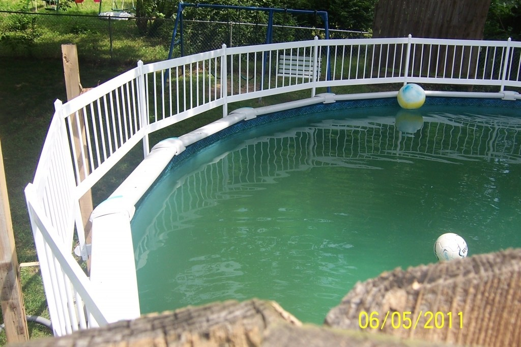 Image of: Above Ground Pool Fence Style